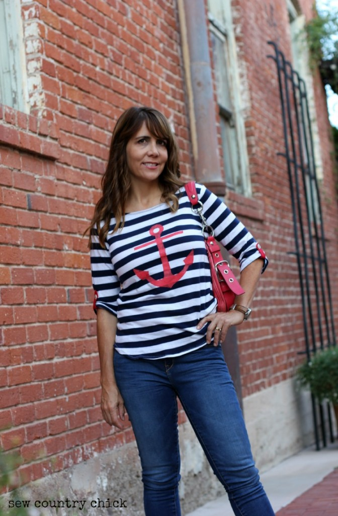 Shoreline Boatneck with anchor and tabs