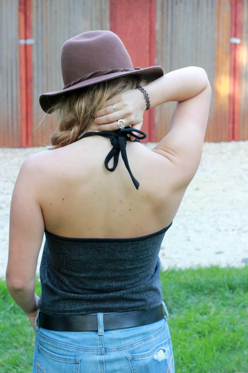 Diy cropped halter top tutorial diy cropped halter to sew country chick baditri Gallery